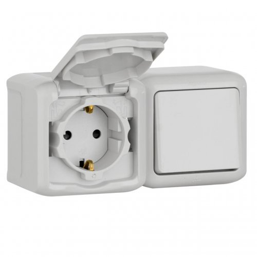 Блок ОП выключатель + розетка с заземл. защ. шторки IP44 Quteo сер. Leg 782348
