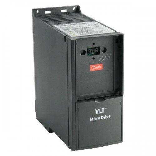 Преобразователь частотный VLT Micro Drive FC 51 7.5кВт (380-480 3 фазы) Danfoss 132F0030