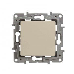 Механизм выключателя 1-кл. СП Etika 10А IP20 с подсветкой винт сл. кость Leg 672303